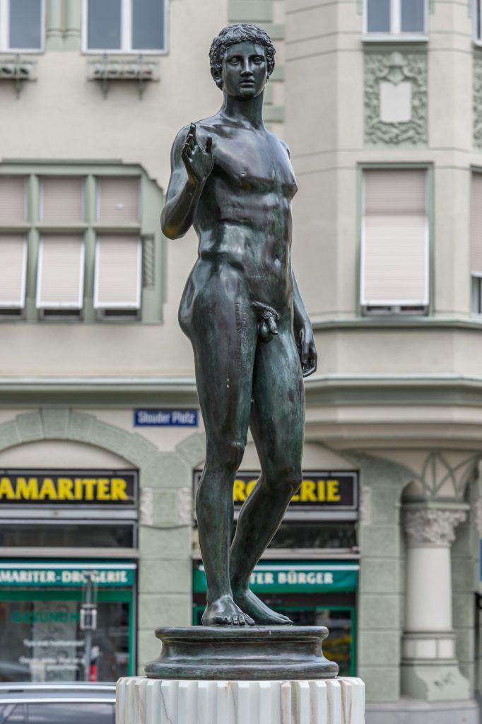 Kopie des Jüngling vom Magdalensberg auf dem Stauderplatz in Klagenfurt
