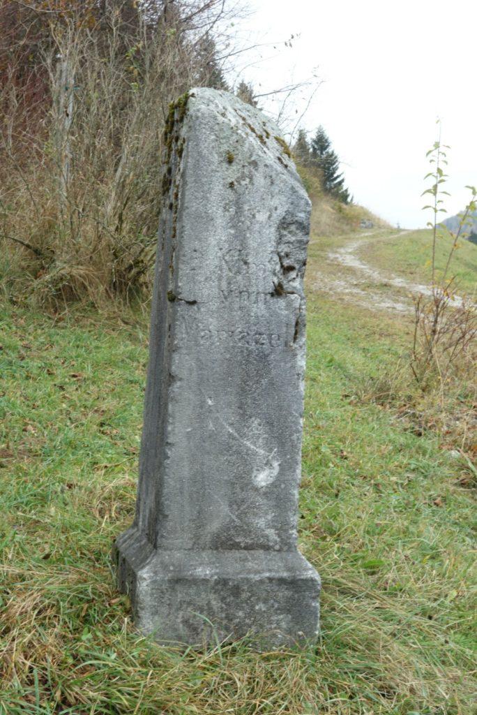 Kilometerstein 50 in Reith, Gemeinde Annaberg, 3.11.2018